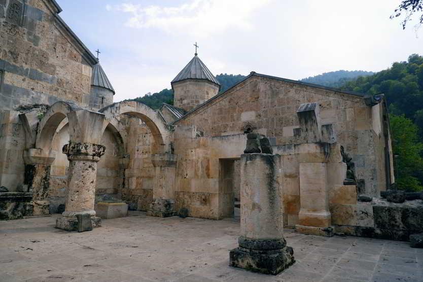 Монастырский комплекс Агарцин